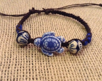 Blue and White Sea Turtle Bracelet - Sea Turtle Jewelry - Beachy Bracelet