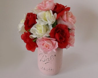 Pink Painted Pint Mason Jar with Pink and Red Roses, Hand Painted with Chalk Paint, Flower Vase, Flower Arrangement