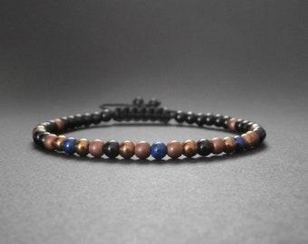 Bracelet fine stone natural lapis lazuli, onyx, hematite copper matte and shiny