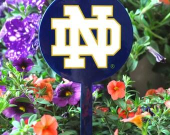 Notre Dame Fighting Irish Garden Decor/Garden Art/Gardening/Garden Stake/Mom Gift/Gift for Mom/Home Decor/Flower Pot/Flower/Garden Sculpture