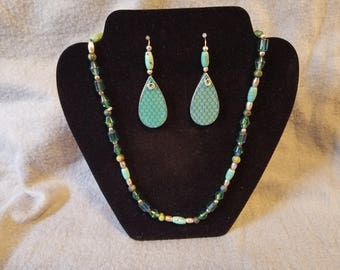 Turquios color bold earrings.