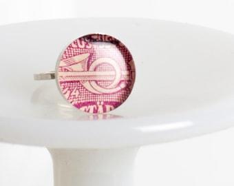 Ring | Postage stamp | Norway | Magenta | Medium | Size 7