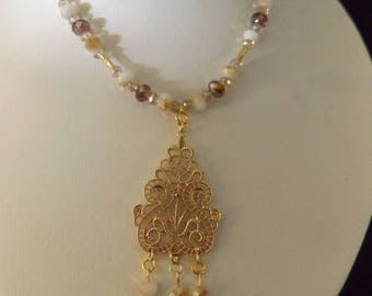 Gold Filigree Pendant on Beaded Necklace Set
