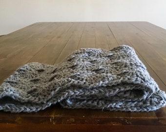 Chunky circle scarf