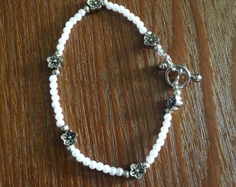 White and Silver Flower Bracelet