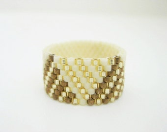 Peyote Ring  /  Beaded Ring in Cream, Gold and Bronze / Size  5, 6, 7, 8, 9, 10, 11, 12, 13 /  Seed Bead Ring / Delica Ring / Beadwork
