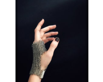 Chainmail Fingerless Glove in Silver Color