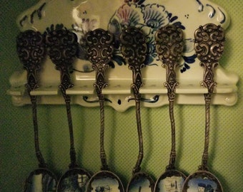 Blue Delft Spoon Rack with 6 Kelpa Arts Spoons