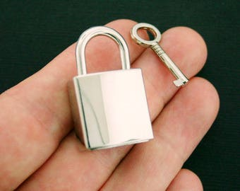 Lock and Key Charm Antique Silver Tone Actually Works - SC3860
