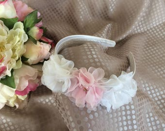 Headband with white and pastel pink flowers