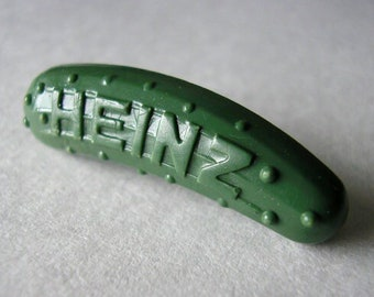 vintage Heinz Pickle pin (1.1 inches long)