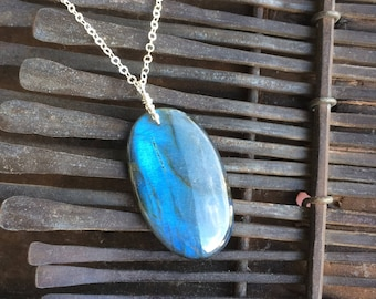 Blue Flash Labradorite pendant, Labradorite 925 Silver Necklace, Layering necklace, Gift for Her