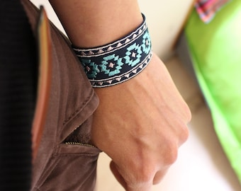 Promo! Bracelet-Navy blue / turquoise / fabric embroidered with inca motifs / Aztec / boho cuff type / for woman/man/gift idea