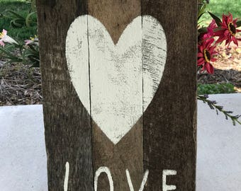 Rustic Old Pallet Wood Love Sign