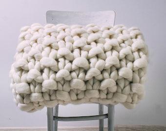 Chunky knit blanket, Super chunky knit blanket, Blanket, Chunky blanket, Chunky knit throw, Blanket throw, Chunky knits, Chunky yarn