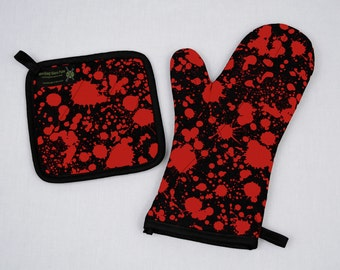 Blood Splatter Oven Mitt and Pot Holder, Horror Decor, Psychobilly Goth Housewares, Halloween Decoration, Red Black, Sets and Singles