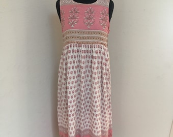 Lovely sleeveless Vintage Indian Dress with pink, pale yellow and green florals