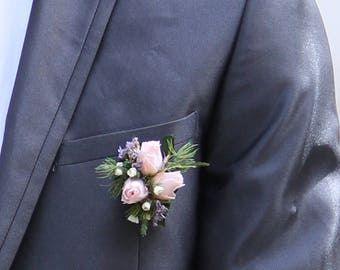 """""""Thoughtfulness"""" accessory boutonniere for groom, groom costume brooch, stabilized, buttonhole flowers three roses pink"""