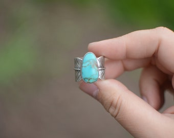 Turquoise Mountain Feather Statement Ring // Sterling Silver // Natural Stone Jewelry // US Size 8