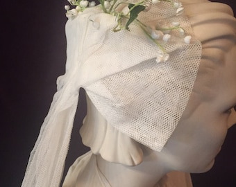 1930's Vintage Bridal Wedding Veil - Old Fashioned Charm Off White Linen and Lily of the Valley 5 ft. Veil