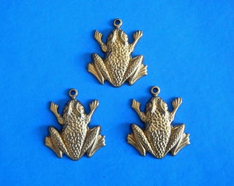 "3 Vintage Frogs Metal Stampings Charms  1 1/8"" H by 1"" W"