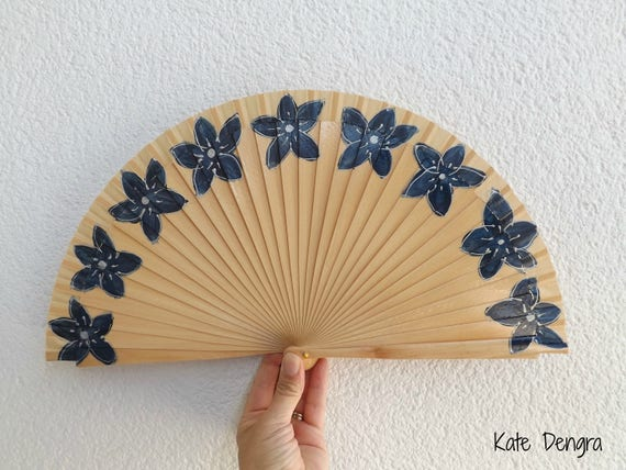 Navy Floral Natural Hand Fan