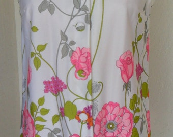 Vintage Blouse Tunic Polyester by Beach Comber Size 10 Beachcomber Floral Spring Fashion