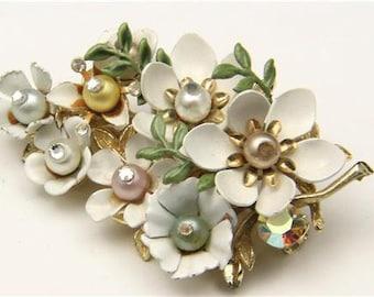 Vintage Coro Faux Pearl Enamel Flower Brooch Pin Retro Bombshell Costume Jewelry