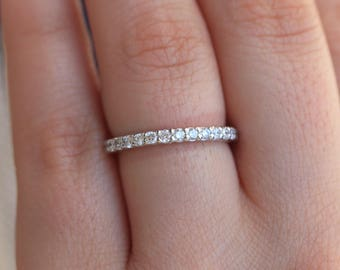 memoire bands prong band engagement product eternity mount petite diamond and ring platinum semi