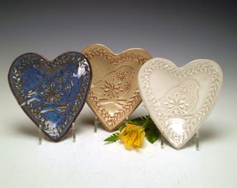 Bird Lover Gift, Bird Pottery Dish, Bird Spoon Rest, Bird Pottery, Bird Ceramic Dish, Stoneware Pottery, Bird Tea Bag Holder