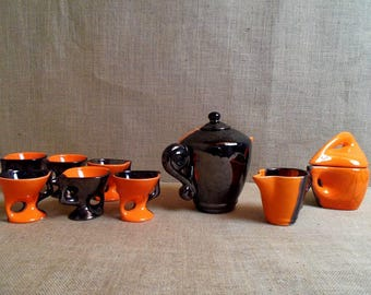 Beautiful black Vallauris signed Le Vaucour cups orange abstract mod coffee set