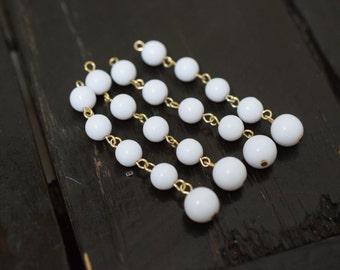 Vintage White Lucite Dangle Drop Beads, 4pcs
