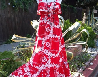 ViNtAgE 1970's Hawaiian maxi dress with ruffles! Size S to M