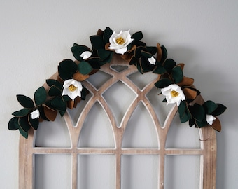 Deluxe Magnolia Bloom and Leaf Felt Garland