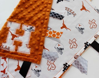 taggie, blanket, personalized, baby, gift, UT, University of Texas, Longhorns, burnt orange, white, minky, ribbon, lovey