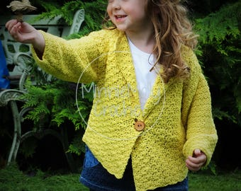Fun, easy crochet pattern for kids. Written in UK and US crochet terms.Step by Step instructions.