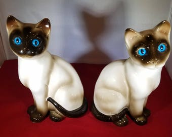 Vintage-Cat-Statue-Feline-Figurine-Brown-Blue-Home Decor-Siamese