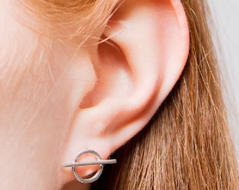 ON SALE Minimal Circle Earrings