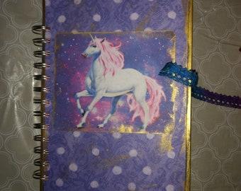 Unicorn smash book
