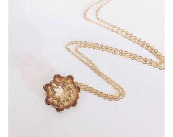 Chrysanthemum Flower Necklace