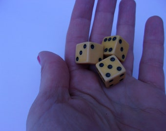 3 Vintage Tested Bakelite Dice, Butterscotch Bakelite Dice, Nice Condition