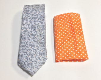 "The ""Tame Yet Paisley"" Tie and Square Pack"