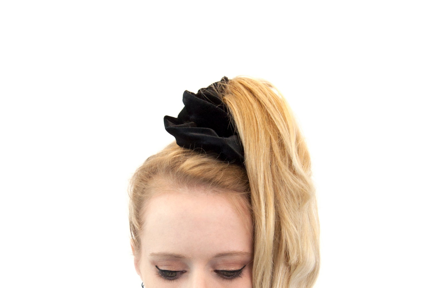 Scrunchie Hair Styles: Black Velvet Scrunchie Hair Scrunchies Ponytail Holder Pony