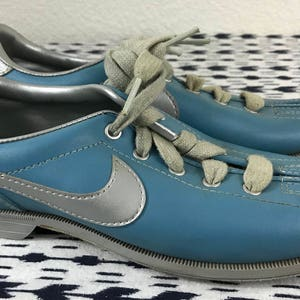 Vintage Womens 1984 Nike Blue Silver Bowling shoes sz 6.5