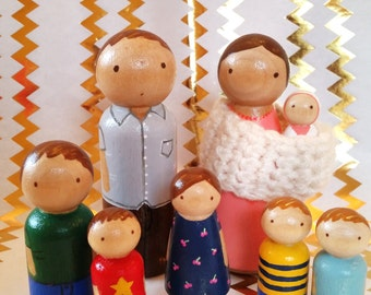 Custom Peg Doll Family // Wooden Peg Family// Family Portrait