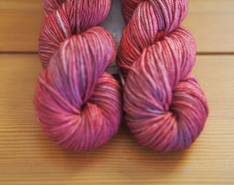 Fresh Red Raspberries Pink and Red Hand Dyed Yarn // 100% Superwash Merino DK Weight Yarn // Washable Art Yarn