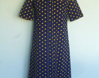 SALE..Original Vintage 70s Shirt Dress UK 12 Pointy Collar Blue Yellow Polka Dot Medium