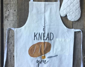 """Child's Apron and Oven Mitt - check measurements 4+ (child in photo is 3'11"""") I Knead You"""