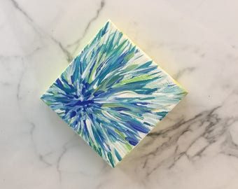 Mini Magnetic Blue Grass