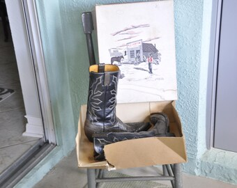 Vintage Justin 9B Cowboy Boots
